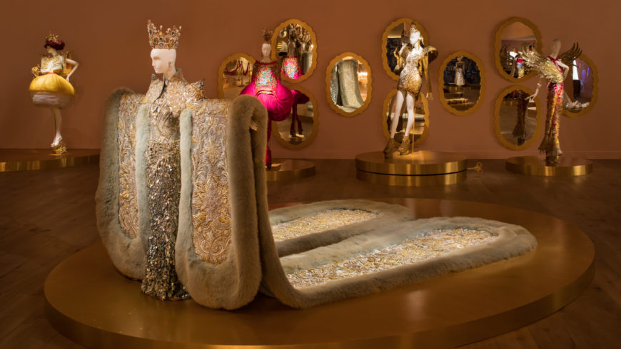 Couture Technique Meets Chinese Tradition at 'Guo Pei: Couture Beyond'
