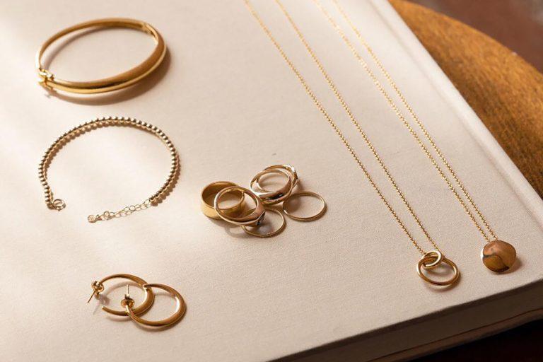 Mejuri Helps Make Luxury Jewelry Attainable The Manor